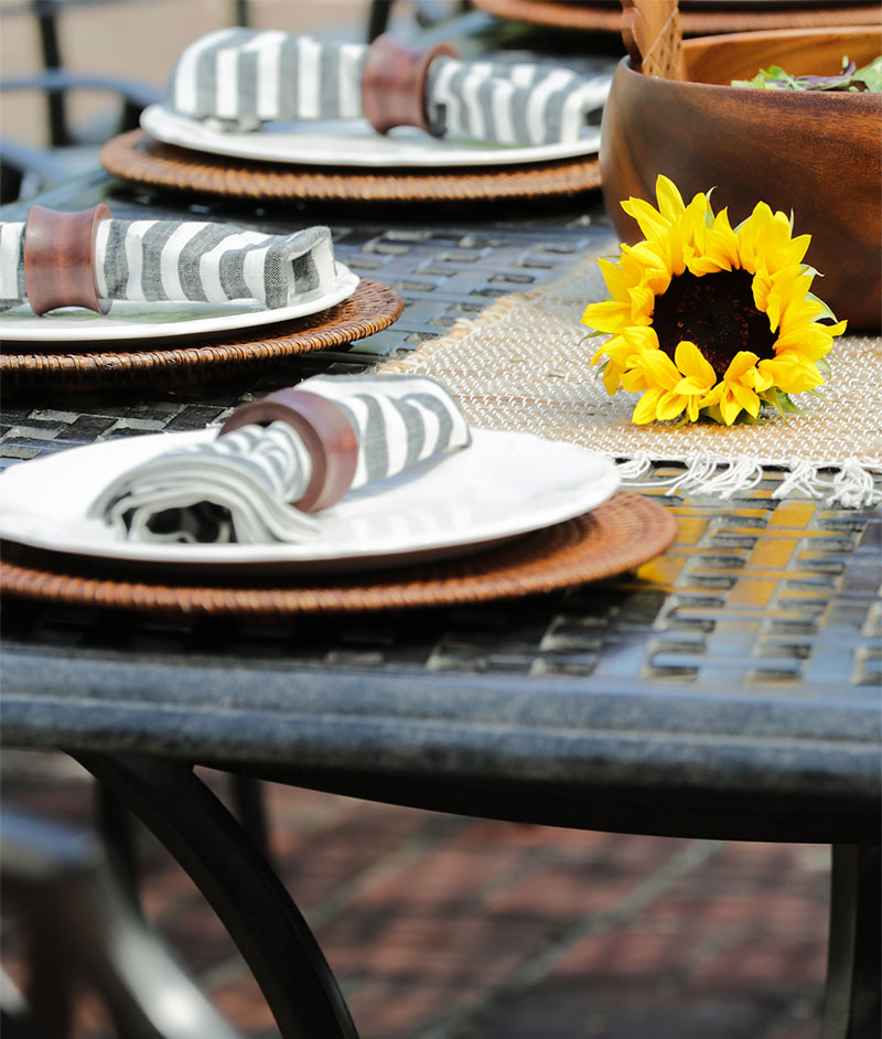 Agio outdoor table setting